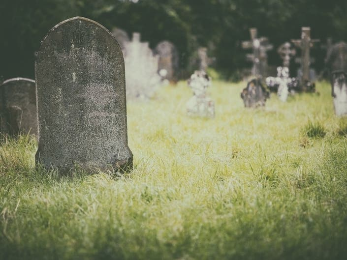 Dig Into Newports Past Through Common Burying Ground Tours