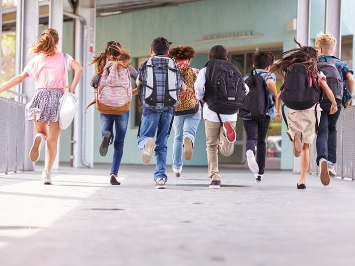 Portsmouth School Committee To Vote On New Dress Code