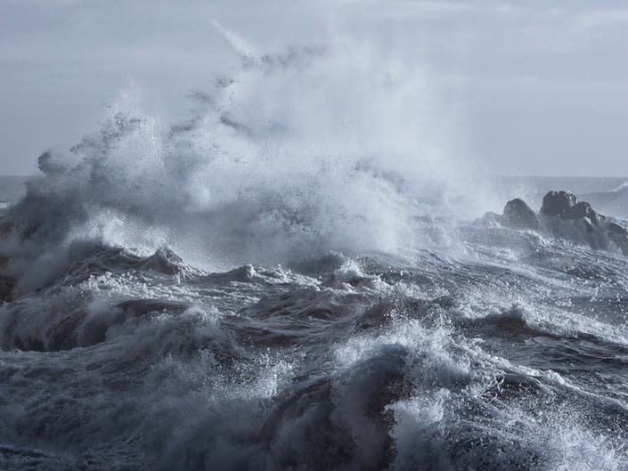 High Surf Advisory Issued For South County, Newport