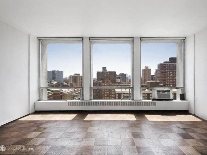 Studio For $550K Hits The Market At Towers Designed By I.M. Pei