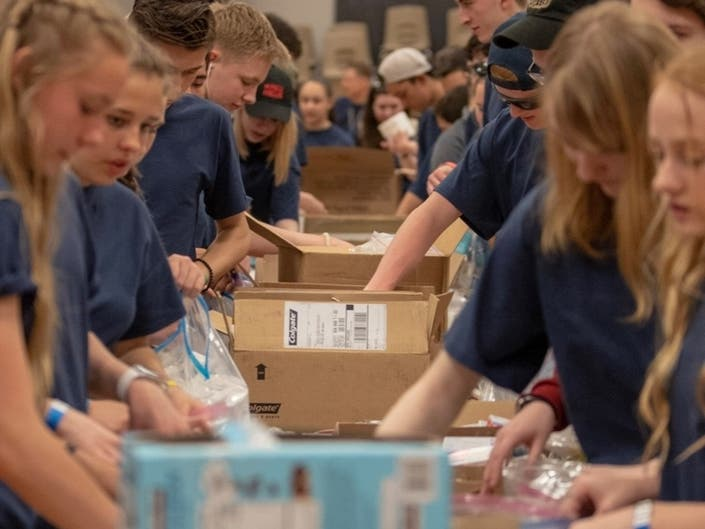 200+ Puyallup Area Youth Take Action to Serve Homeless