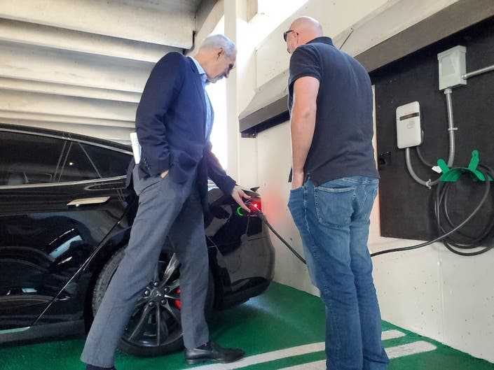 Nashua Adds Two New Electric Car Charging Stations
