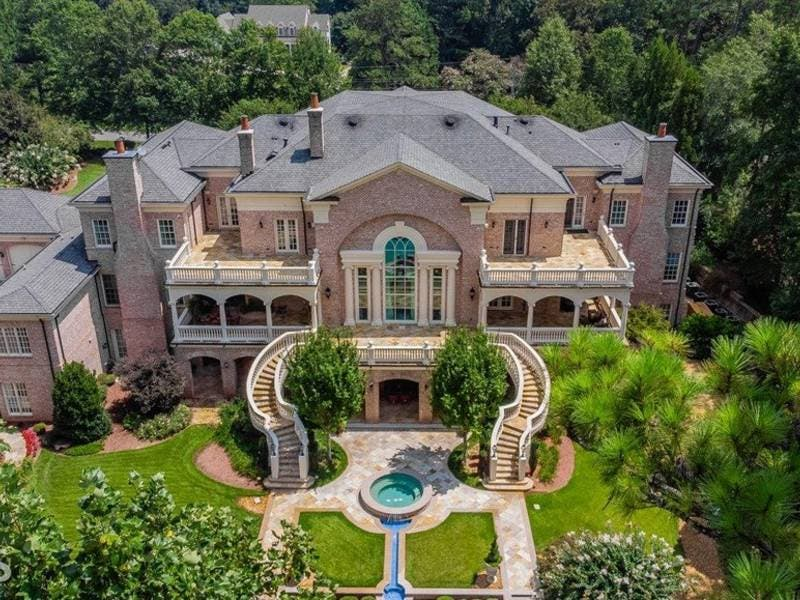 $4.5M Roswell Mansion Offers Hand-Painted Ceilings, Aquarium