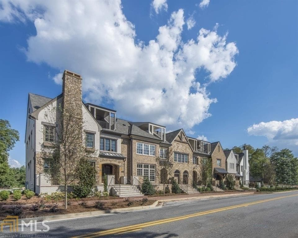 Downtown Alpharetta Town Home Features Elevator Roof Top