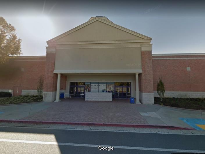 Hobby Lobby Replacing Former Alpharetta Babies 'R' Us Store
