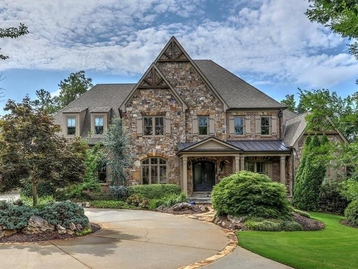 GA Dream Homes: Chipper Jones Home, River Views, Customized