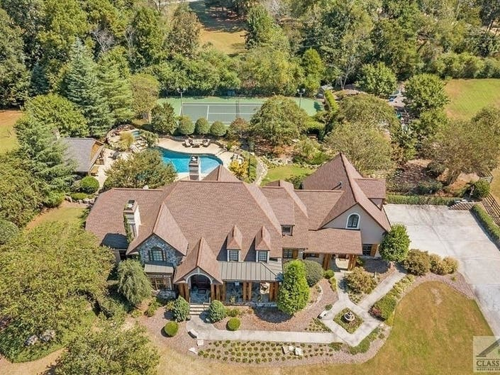 GA Wow Houses: Screened-In Porch, Pools, Wine Cellar
