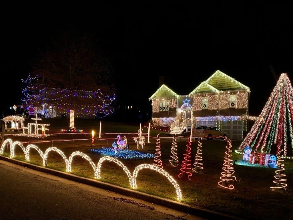 Christmas Lights Near Me 2021 Georgia Georgia Christmas Lights Where To Find Them In 2020 Johns Creek Ga Patch