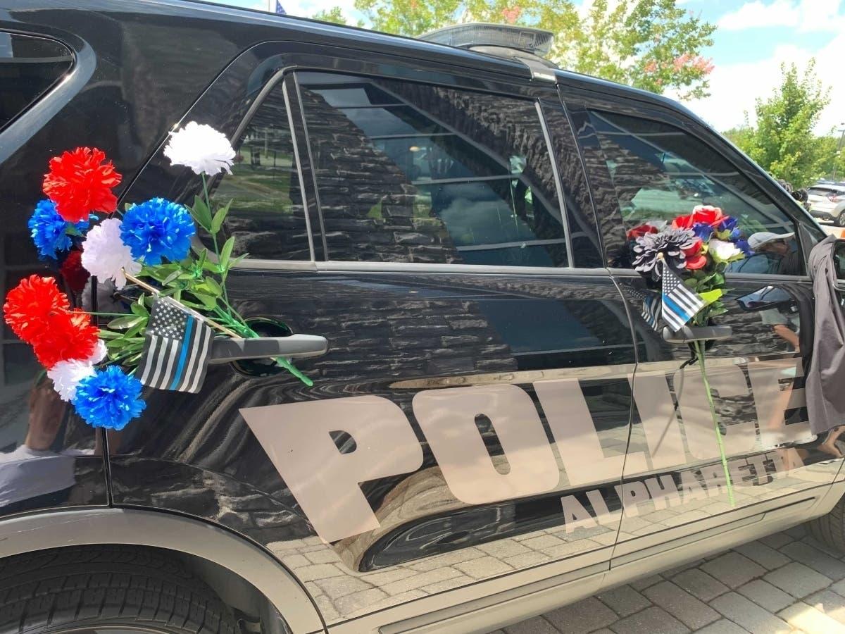 Law Enforcement, Community Come Out To Honor Alpharetta Cop