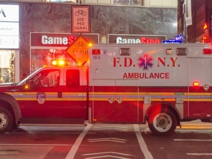 Wash Heights Residential Building Fire Sends 1 To Hospital: FDNY