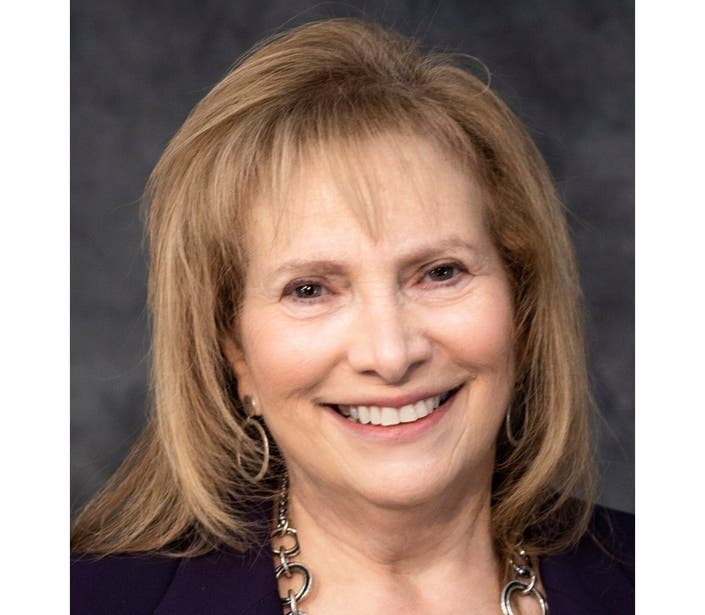 Candidate Profile: Janet Singer For Suffolk Legislature