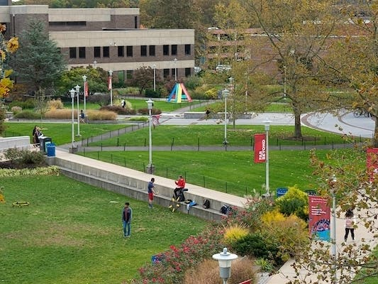 Coronavirus: Stony Brook University Shifts Classes, Finals Online ...