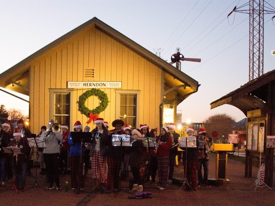 Herndon Va Christmas Tree Lighting 2020 Herndon Winter Concert | Herndon, VA Patch