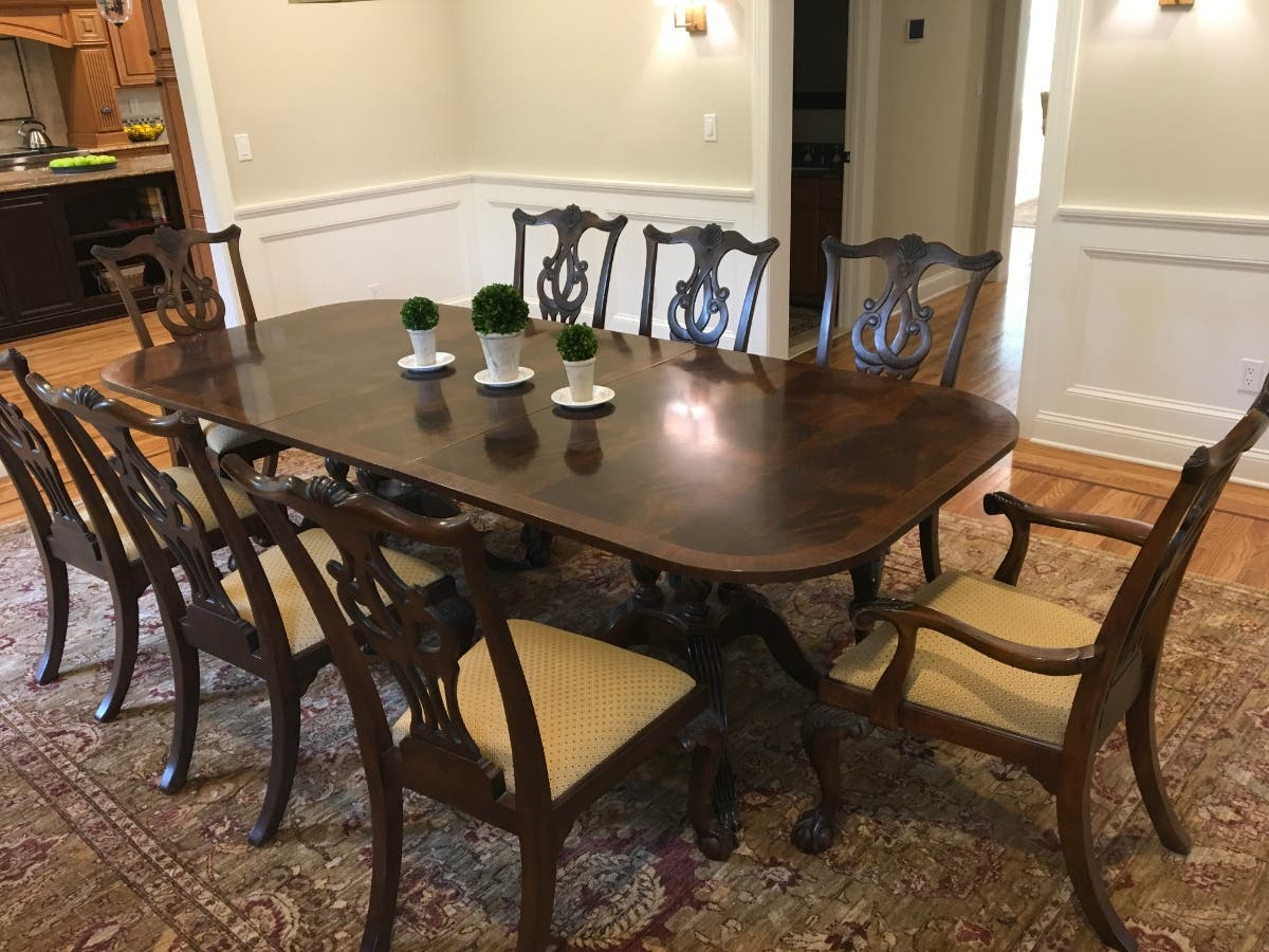 Deluxe Drexel Heritage Dining room table + 8 chairs - $2500 ...