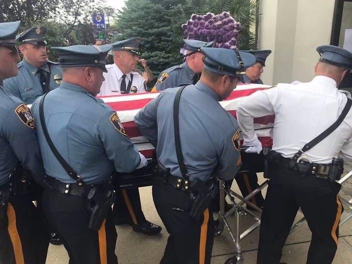 Community Mourns Saddle Brook Police Officer: Top News