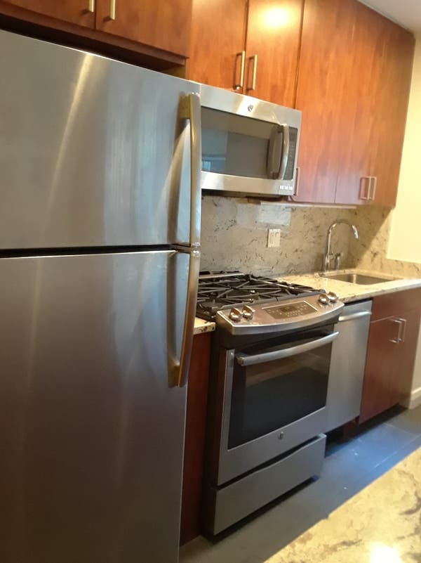Beautiful Large One Bedroom on East End Ave. - Upper East ...