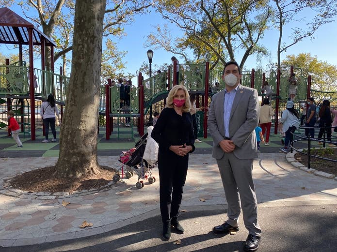 U.S. Rep. Carolyn Maloney and City Councilmember Ben Kallos posed for a photo Friday at the newly renovated Carl Schurz Park Playground.