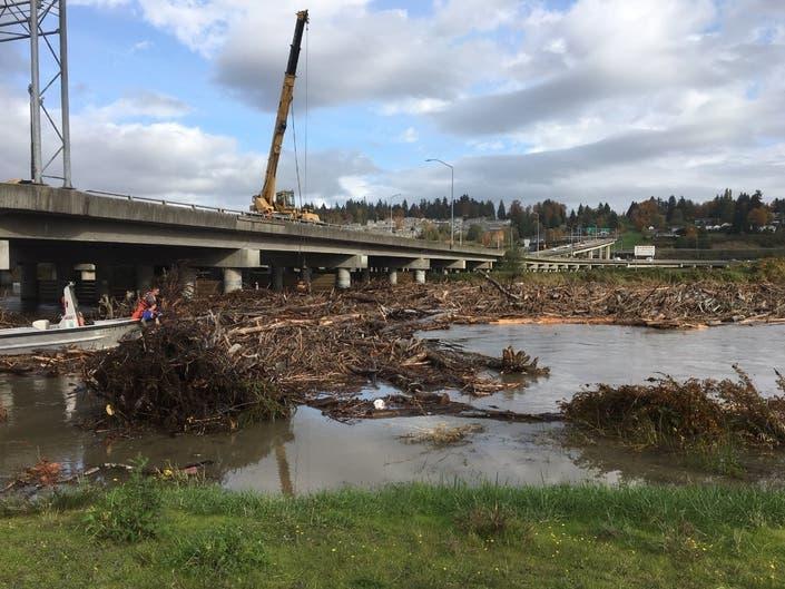 WSDOT Works To Clear Logjam Under Everetts Trestle Bridge