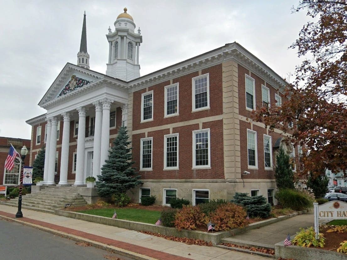 Woburn To Light Up City Hall In Gold For Memorial Day   Woburn, MA ...