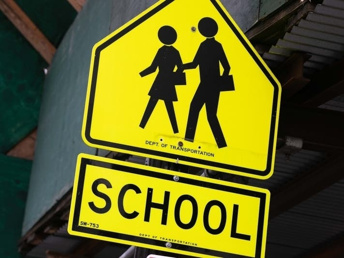 Loudoun Schools Approve Hybrid Plan, With Full-Time Home Option