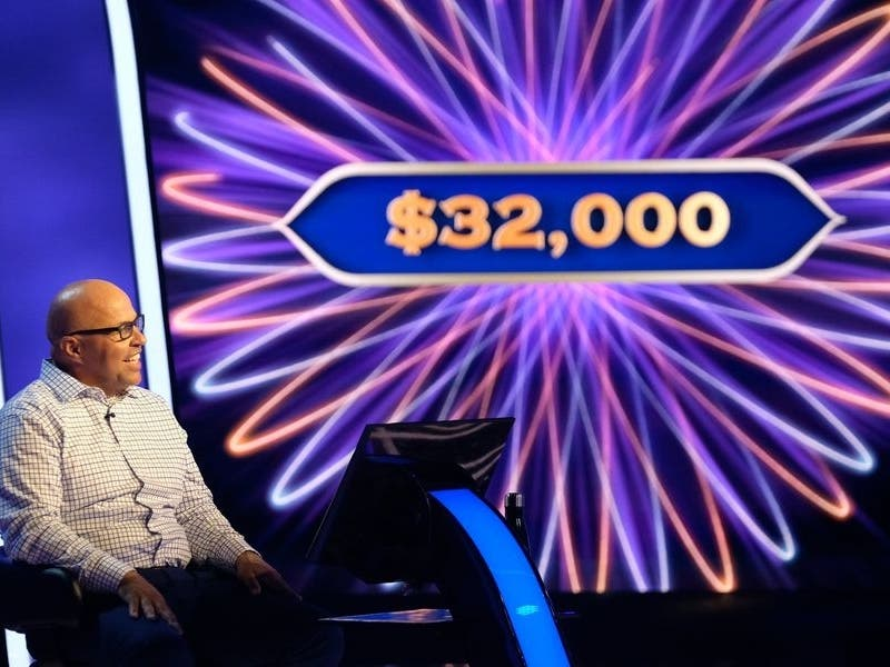 Valencia Firefighter Returns to 'Who Wants to Be a Millionaire'