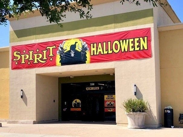 Halloween 2020 Homer City Spirit Halloween Store Opening In Bolingbrook In 2020