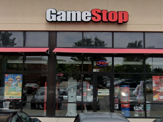 Employee Robbed Battered At Wheeling Gamestop Police Buffalo Grove Il Patch