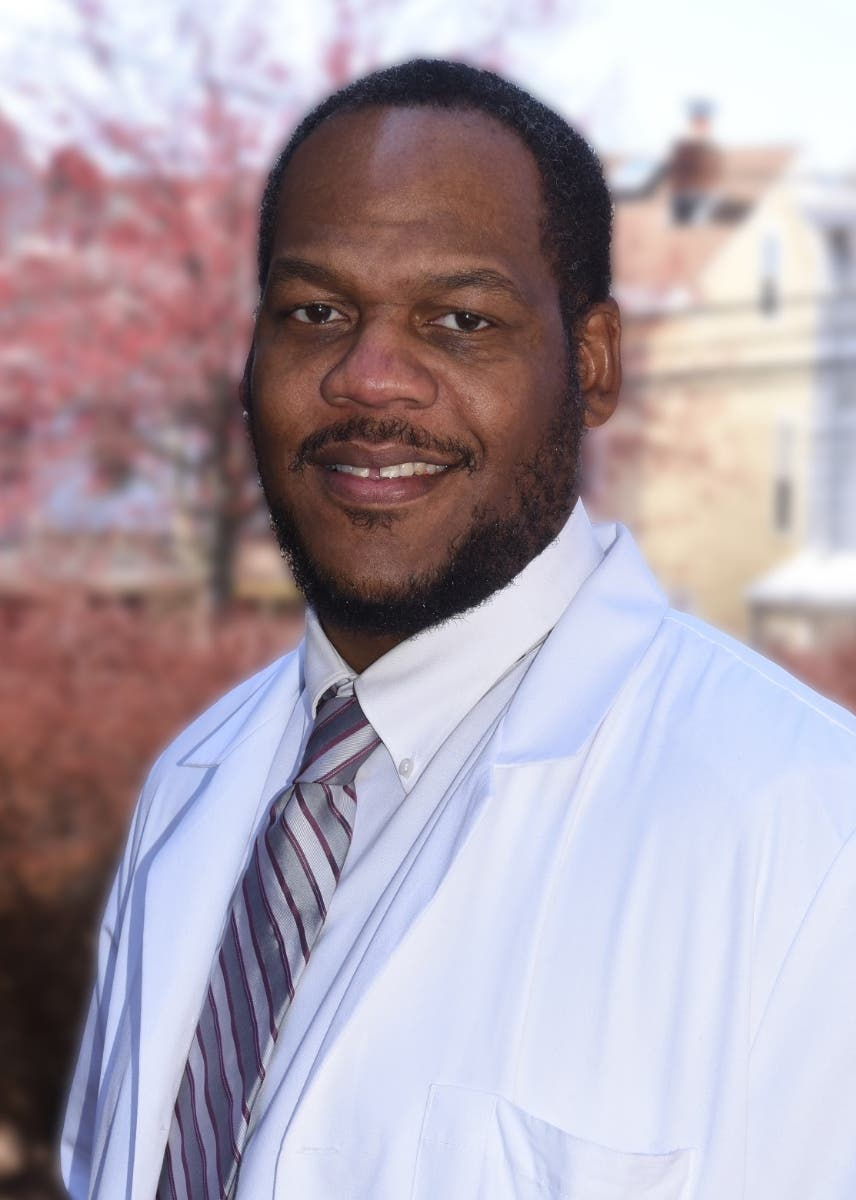 Dr Christmas.St Francis Physician Named Teaching Award Recipient