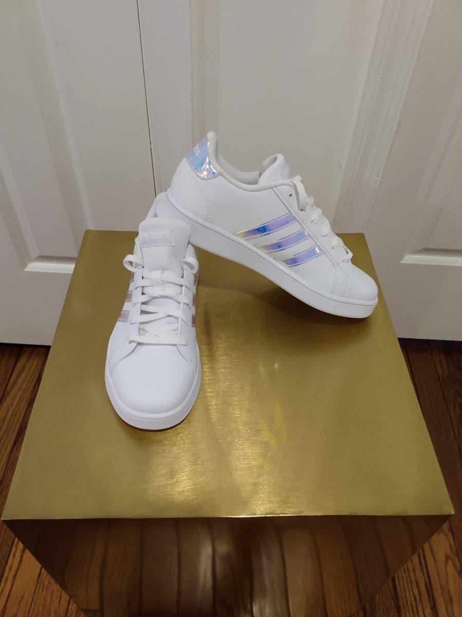 New White Adidas Girls Size 5, $55