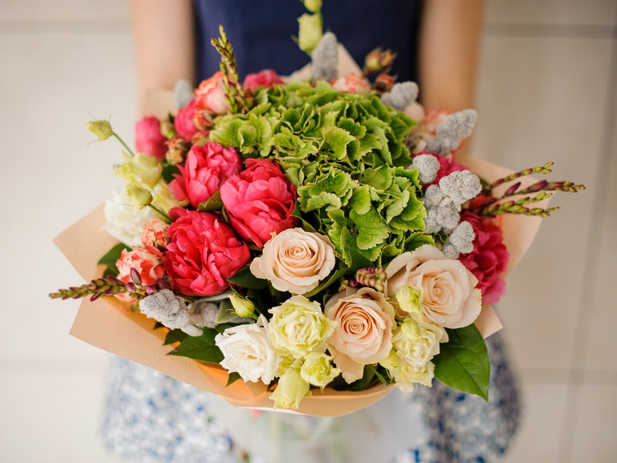 Celebrate National Daughters Day With 15 Percent Off Flowers