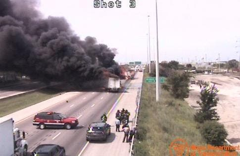 1 Driver Dies, 4 Escape Massive Truck Fires on I-55 | Update