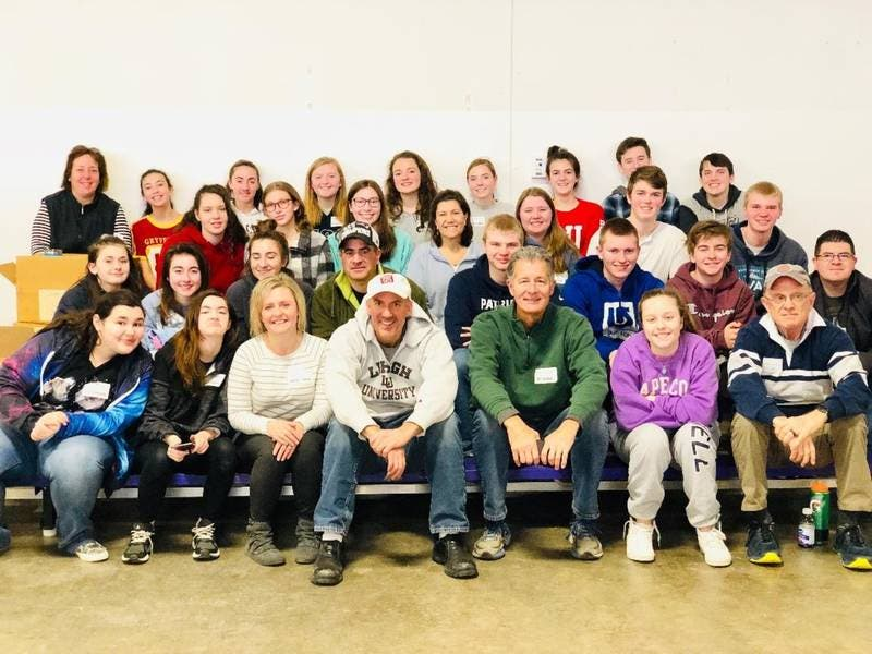 HS Students participate in 30 hr famine to help feed hungry...
