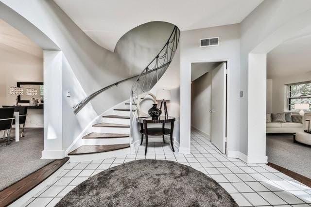 Art Moderne House