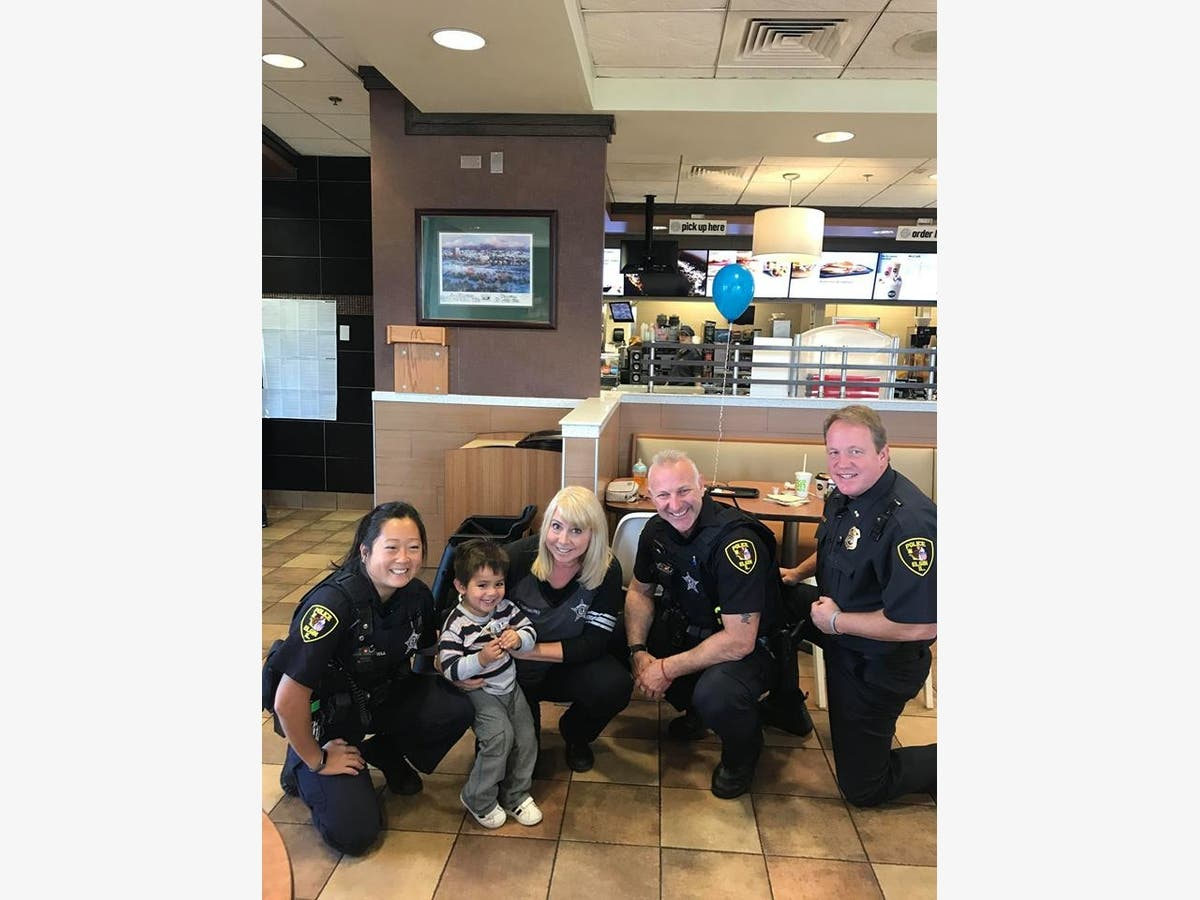 Elgin Police Officers bring the community together over coffee