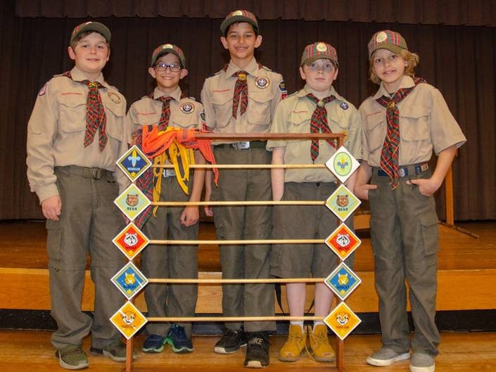 Vista-Lewisboro Pack 101 Cub Scouts Hold Blue and Gold Dinner
