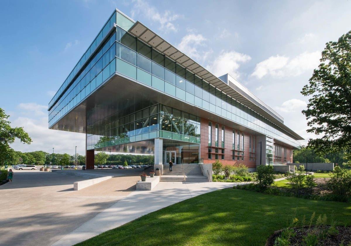 Oakton Educational Foundation wants to help students | Des Plaines