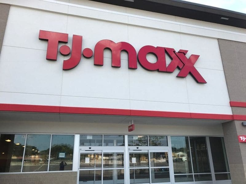 TJ Maxx Holds Hiring Event for New Evergreen Park Store | Evergreen