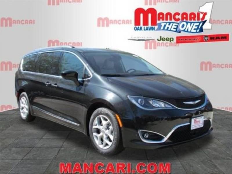 Mancari Hosts Chrysler Cars For Classroom Fundraiser Oak Lawn Il