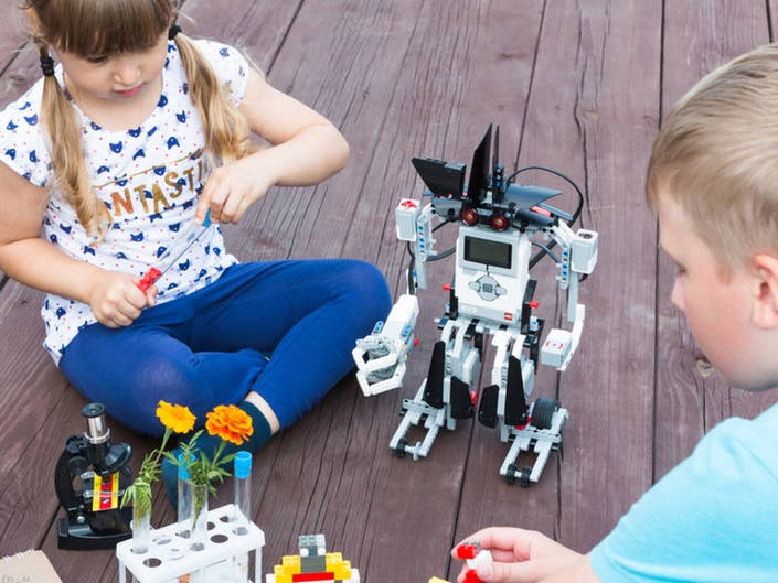 Moraine Valley Summer Camps Offer Kids Adventures in STEM
