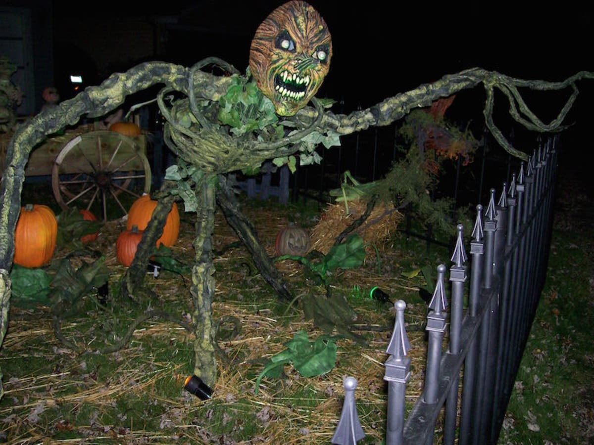 Patchs 2018 Guide To The Southlands Best Halloween Yard Haunts