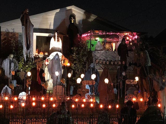 Patch S 2018 Guide To The Southland S Best Halloween Yard