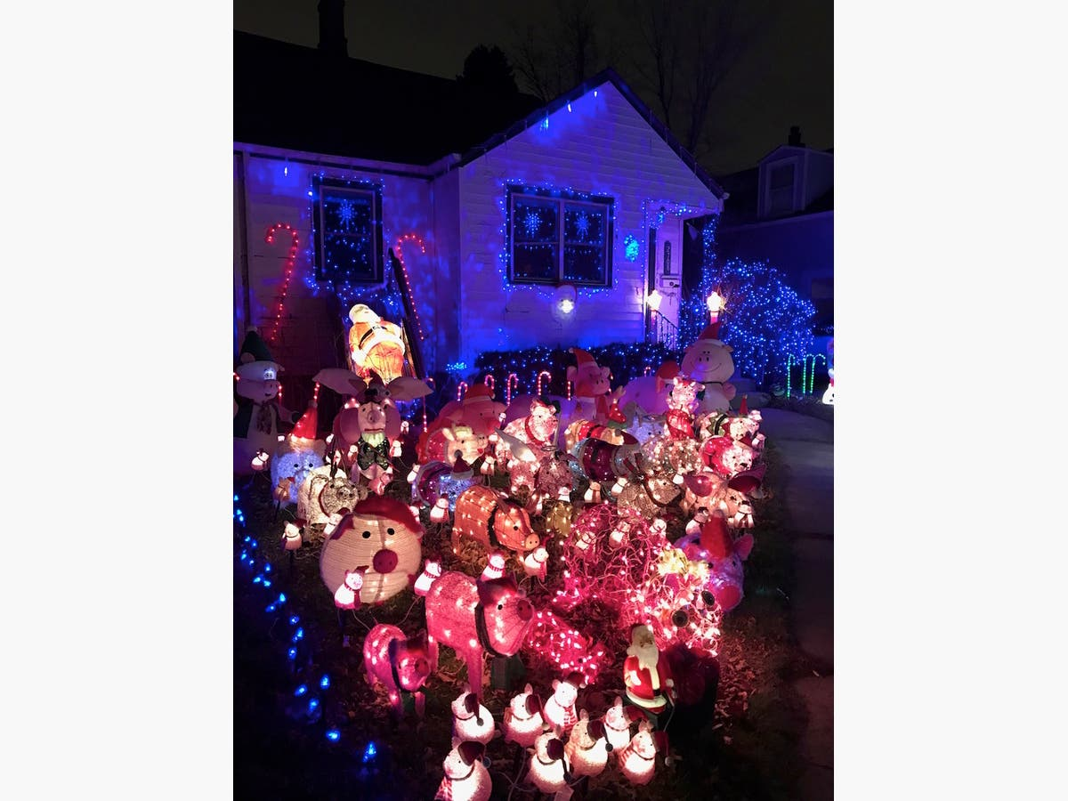 Best Christmas Yard Displays Sought For Patch S Tour O Lights