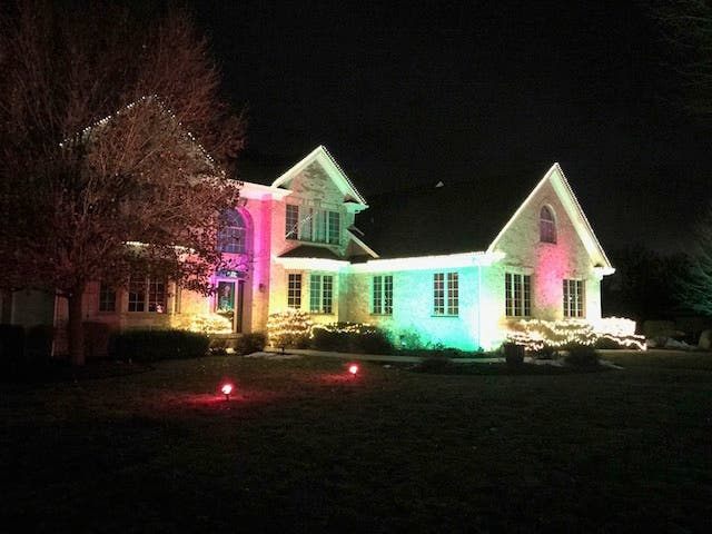 Homes Lighting Up Mchenry Co This Holiday Season