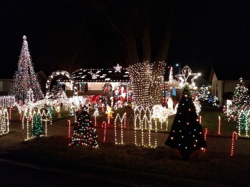 "Bottle Cap Wall Hanging ~ vintage Christmas SANTA CLAUS ~ lights up ~ 10/"" sign"