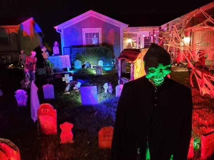 Burbank Il Halloween 2020 Patch's 2020 Guide To Chicagoland's Best Halloween Yard Haunts
