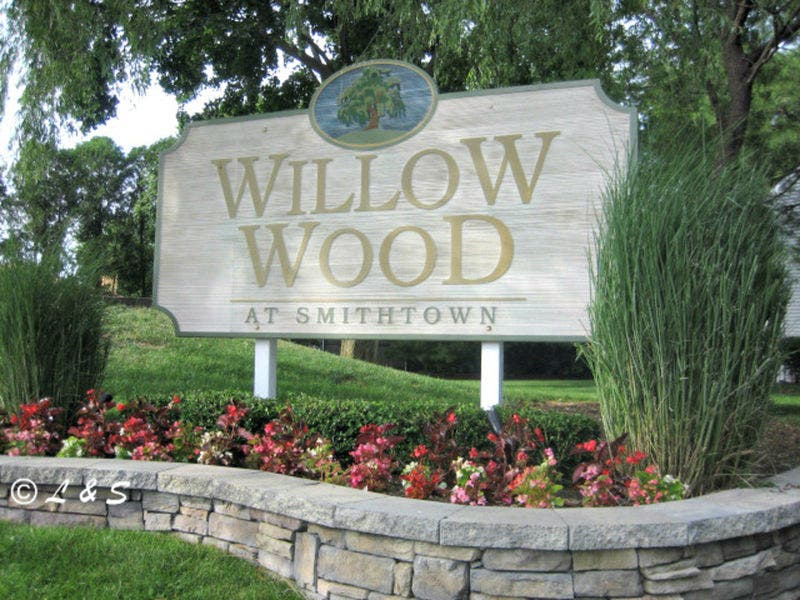 Willow Wood Townhouse For Sale In Hauppauge Long Island Ny 11788
