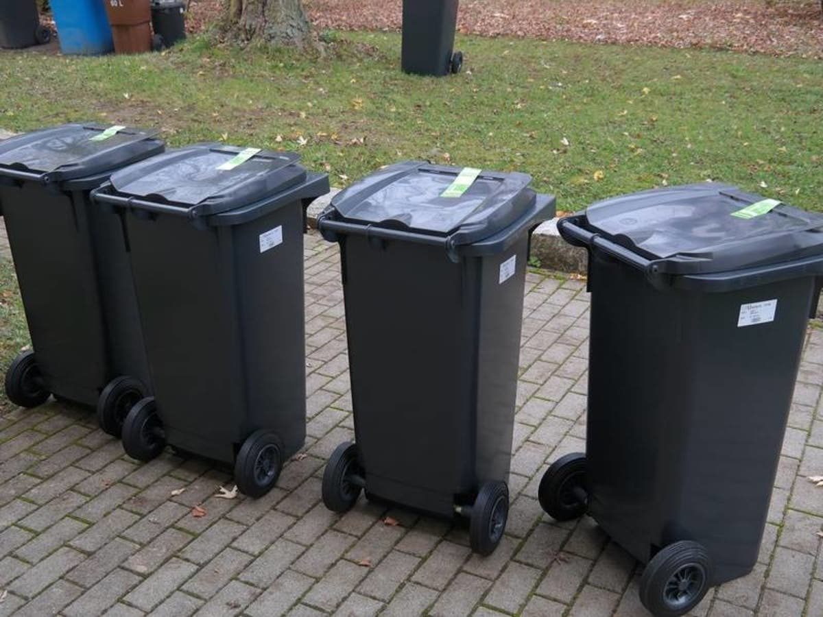 Snowstorm Delays Garbage Collection In Mchenry County