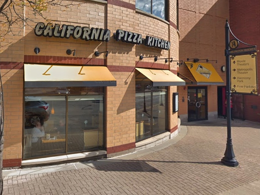 California Pizza Kitchen In Arlington Heights Closes
