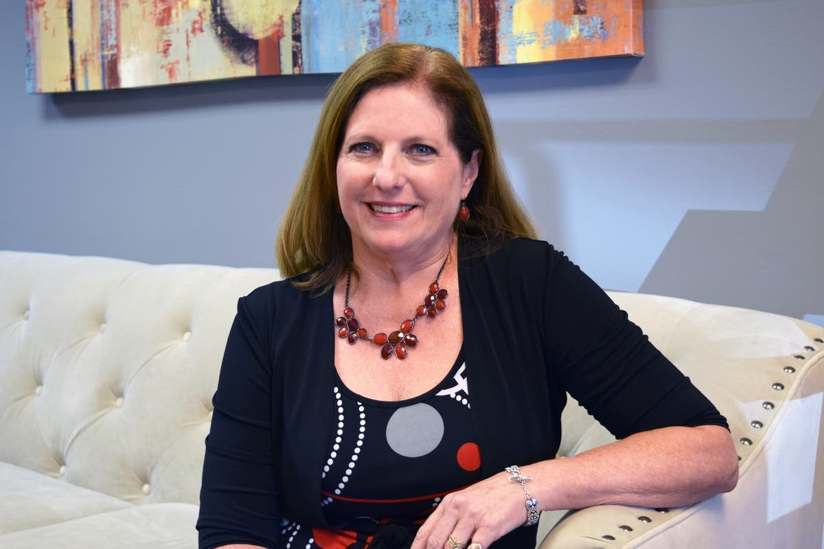 Nancy Plaisted Celebrates 22 Years With Georgia S Insurancehub Atlanta Ga Patch