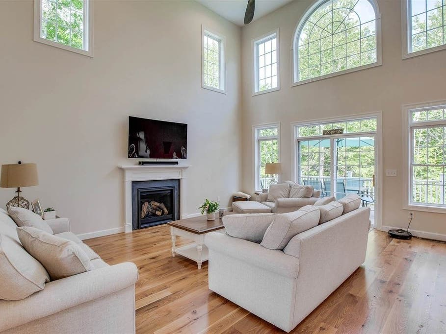 119 Indian Falls Road In New Boston: Nearby Wow! | Amherst